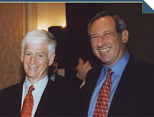 Arthur J. Samberg '67 and Mario J. Gabelli '67 are both members of Columbia Business School's Board of Overseers.  (PRNewsFoto/Columbia Business School)