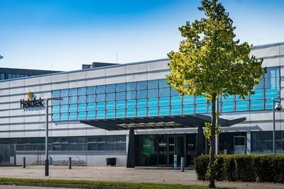 Heliatek HQ with active HeliaFilm(R) façade (PRNewsFoto/Heliatek)