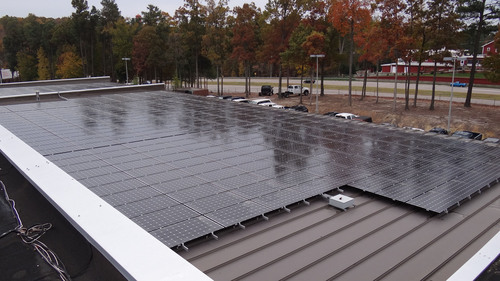 Westgate installed 420 solar panels on its service department roof.  (PRNewsFoto/Chrysler Group LLC)