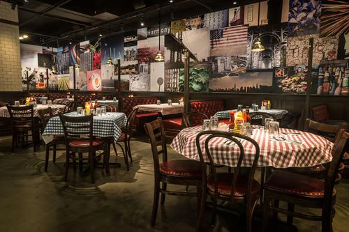 New Bill's Bar & Burger in New York Marriott Downtown Hotel.  (PRNewsFoto/BR Guest Hospitality)
