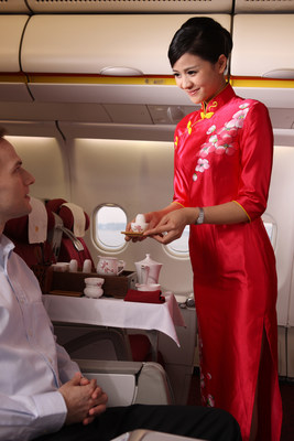 Business class customers traveling on Hainan flights will enjoy a traditional, gourmet tea service.