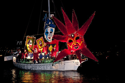 "The 2011 ""Best Sail"" winner at the annual Marina del Rey, CA Holiday Boat Parade.  (PRNewsFoto/Marina del Rey Convention & Visitors Bureau)"