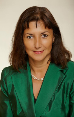 Maria Alvarez, Executive Director, NY StateWide Senior Action Council.  (PRNewsFoto/Flushing House)