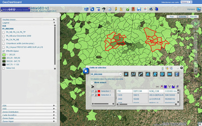Galigeo's enterprise-wide solution, based on ArcGIS, helps Carrefour manage 10,000 stores worldwide.  (PRNewsFoto/Esri)