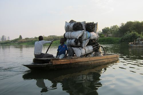 The endless stream of charcoal being shipped over the Kafue river. Photo: Per Löfberg Emerging Cooking Solutions