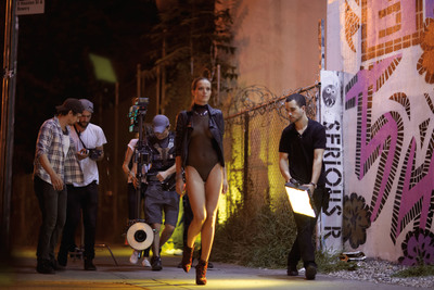 "Petra Nemcova filming Stuart Weitzman ""Walking After Midnight"" social media video in the Lower East Side of New York City.  (PRNewsFoto/Stuart Weitzman Holdings LLC)"