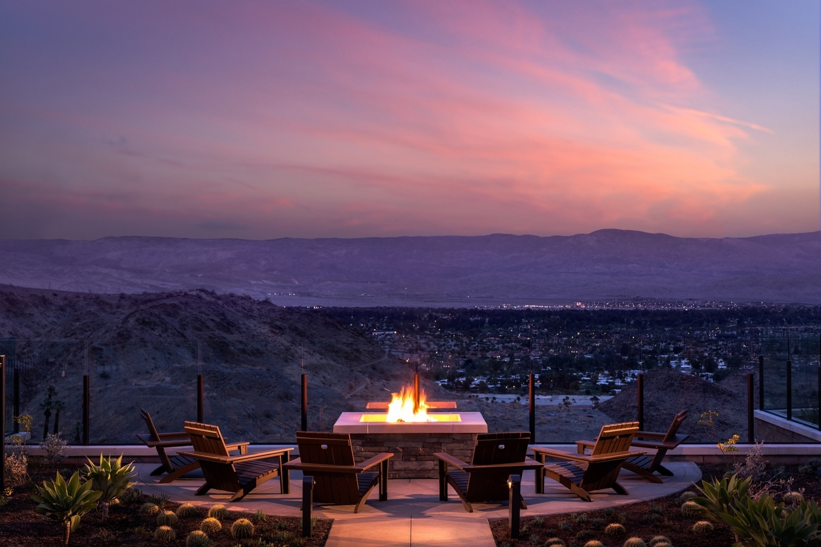 The Ritz-Carlton, Rancho Mirage Officially Unveils Desert Chic in Southern California; Highly-Anticipated Style and Sophistication Welcome Guests To Greater Palm Springs. (PRNewsFoto/The Ritz-Carlton Hotel Company)