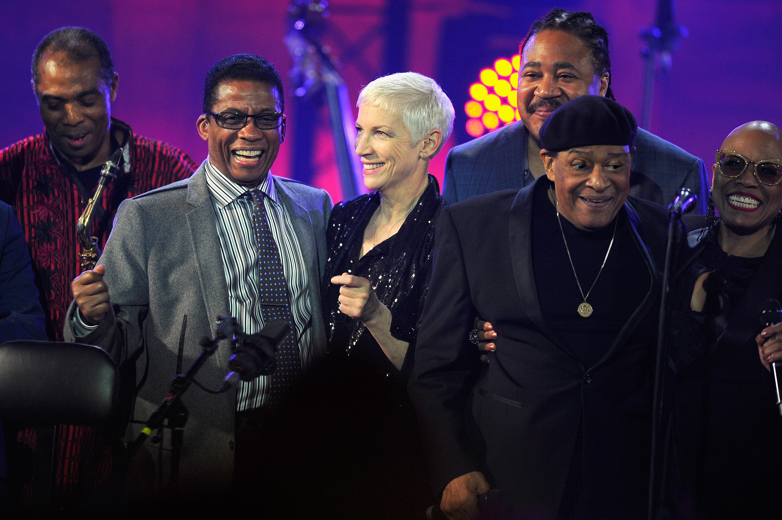 Musiker aus aller Welt beehren die Bühne in Paris zum 4. Jährlichen International Jazz Day