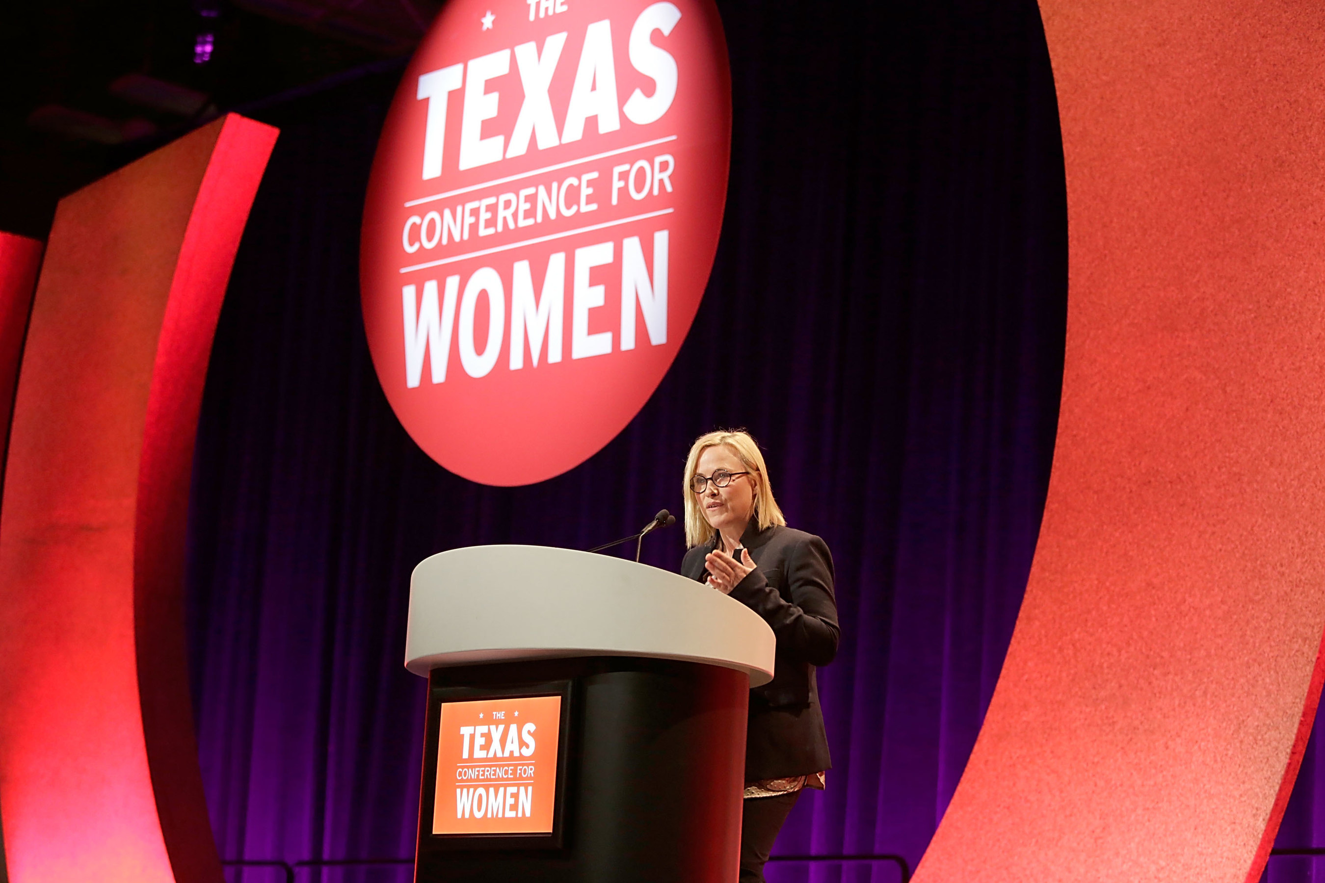 Patricia Arquette, Robin Roberts, Bert Jacobs and Candy Chang at Texas Conference for Women