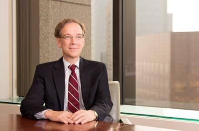 Rob Lovelace, Capital Group (PRNewsFoto/Capital Group Companies)