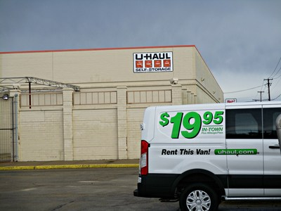 U-Haul has revived a deserted Montgomery building with the recent opening of U-Haul Moving & Storage of Montgomery at 1900 Douglas Road. The new store, which sits on 15.79 acres, used to be home to a Kmart(R)-anchored strip mall but has been vacant for two years. U-Haul began serving customers at its first Montgomery store on Dec. 16.