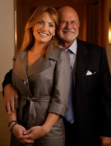 Danialle and Peter Karmanos, Jr.  (PRNewsFoto/Karmanos Cancer Institute)