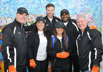 Pictured at the 2014 National Walk for Epilepsy(R): Scott Hussey, Sr. Vice President, Sales; Jordan Fletcher; Mary Melby; Callie Fletcher; Eric Hamborg, Vice President, CNS Sales; Rachael Newman; Tyler Melby; Chris Thibodeaux, Sr. Director, Therapeutic Education and Communication; Mark Evenstad, President and CEO.  (PRNewsFoto/Upsher-Smith Laboratories, Inc.)