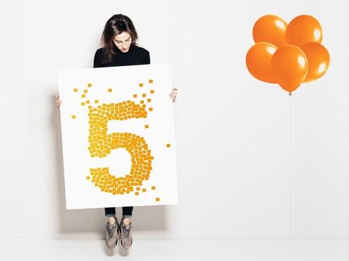 El auge de la impresion online en Espana: Onlineprinters.es celebra su quinto aniversario / En los ultimos cinco anos se produjeron mas de 600 millones de productos en Onlineprinters, desde flyers hasta stands de feria completos. (PRNewsFoto/Onlineprinters GmbH)