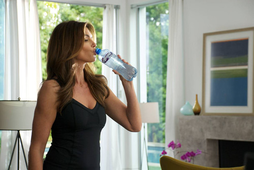 Cindy Crawford Teams With Propel® Zero, the Zero-Calorie Enhanced Water That Fuels Active Lives