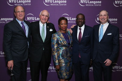 Larry Fink, Kenneth G. Langone, honorees Beatrice Welters and Anthony Welters, Dean and CEO of NYU Langone Medical Center Robert I. Grossman, MD at the 2016 Perlmutter Cancer Center Gala, honoring the Welters and Mark B. Pochapin, MD (not pictured)