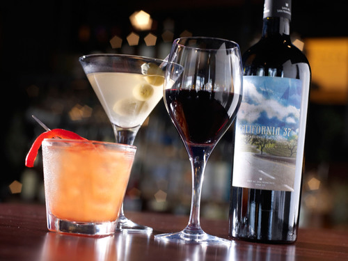 Bar Louie Naperville To Host Grand Re-Opening Party