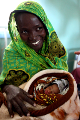 The Elizabeth Glaser Pediatric AIDS Foundation (EGPAF) has reached 20 million women with lifesaving services, such as HIV testing, counseling, and treatment, to prevent HIV-positive women from passing the virus to their babies. EGPAF is one of the largest providers of prevention of mother-to-child transmission (PMTCT) of HIV services worldwide and a global leader in the effort to end AIDS in children. (Nigel Barker/EGPAF) (PRNewsFoto/EGPAF)