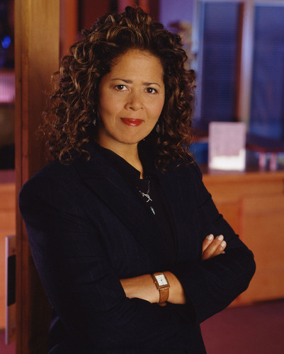 Anna Deavere Smith, award winning actress currently starring in Nurse Jackie, author and creator of a new form of theater will bring to the Festival the same creativity she has brought to the Aspen Institute and many other venues. (PRNewsFoto/Festival of the Arts Boca) (PRNewsFoto/FESTIVAL OF THE ARTS BOCA)