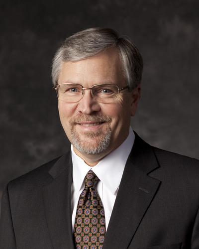 Distinguished Executive Award Presented to Mark W. Nelson, Columbia Bank Executive Vice President
