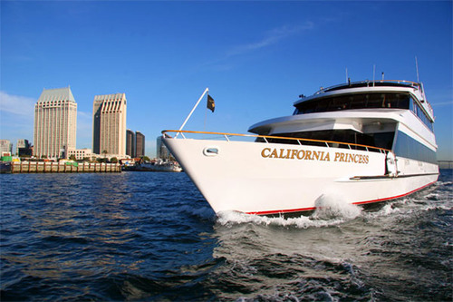 A New Flag is Raised on the San Diego Bay After 95 Years: San Diego Harbor Excursion is Now