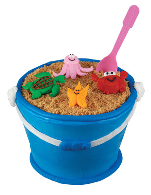 Baskin-Robbins Introduces New Summer Flavors and Sand Pail Cake as the Perfect Ways to Celebrate.  (PRNewsFoto/Baskin-Robbins)