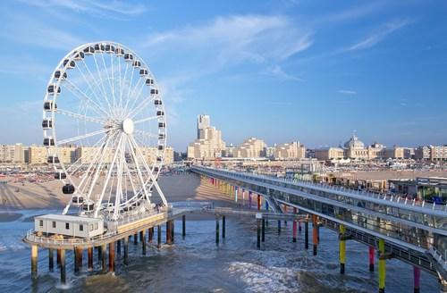 Europe's First Ferris Wheel Over Sea Opened on The Pier in Scheveningen (PRNewsFoto/Den Haag Marketing)