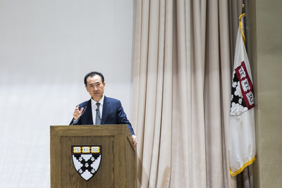Wanda Dalian Chairman Wang Jianlin Gives a Lecture at Harvard