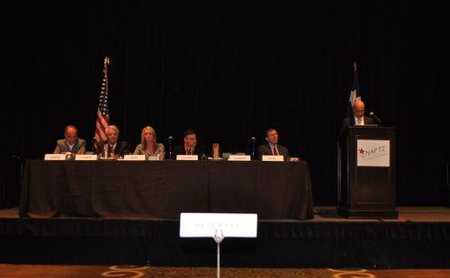 Le Dr Zarooni intervient lors de la conférence de la NAFTZ à Dallas - USA