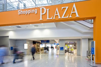 Frankfurt Airport: Shopping Plaza in Terminal 2