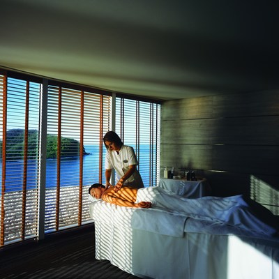 Crystal Serenity Spa Massage