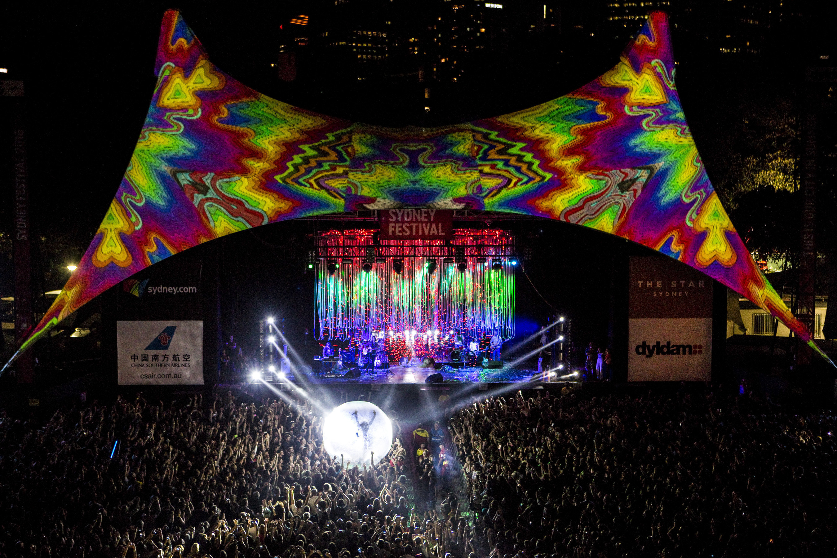 The Flaming Lips kick off Sydney Festival's 40th anniversary celebrations.