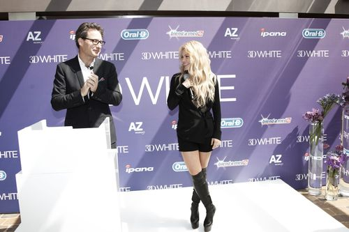 Global 3D White ambassador Shakira with P&G Global Brand Director Stephen Squire at the launch of 3D White Whitestrips in Barcelona on Saturday 9th May (PRNewsFoto/Procter & Gamble)