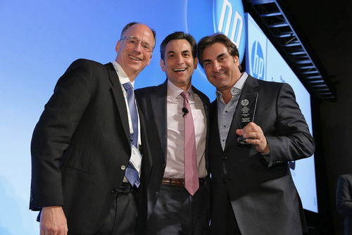 International Integrated Solutions, Ltd., (IIS) Awarded HP PartnerOne Growth Award.  (PRNewsFoto/International Integrated Solutions, Ltd.)