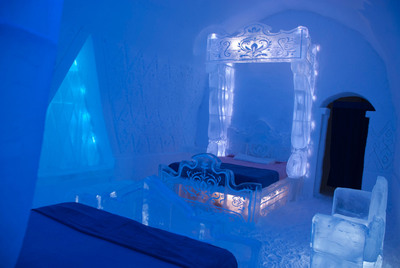 """The Walt Disney Studios and Quebec City's Hotel de Glace (Ice Hotel) Unveil a Special Experiential """"FROZEN"""" Themed Guest Suite and Activity Cave for the 2014 Winter Season. (PRNewsFoto/Walt Disney Studios) (PRNewsFoto/WALT DISNEY STUDIOS)"""