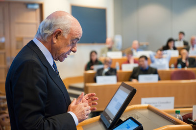 BBVA Chairman and CEO Francisco Gonzalez during the case in the Harvard Business School.