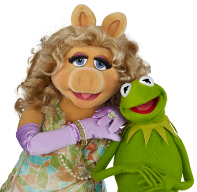 "Kermit the Frog and Miss Piggy join the all-star line-up for the 34th annual broadcast of PBS' ""A Capitol Fourth"", airing live from the West Lawn of the U.S. Capitol on Friday, July 4, 2014 from 8:00 to 9:30 p.m. ET.  They will celebrate America's 238th birthday by performing the Oscar-nominated song ""Rainbow Connection"" with the National Symphony Orchestra. (PRNewsFoto/Capital Concerts)"