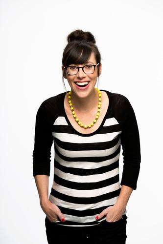 "Andrea Rosen, star of ""Take Me To Your Mother"". (PRNewsFoto/Nickelodeon, Robert Voets/NickMom) ..."