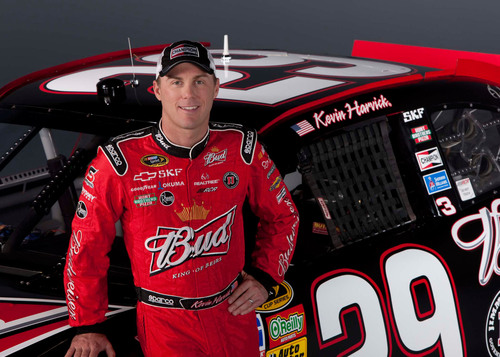 Champion(R) Spokesperson Kevin Harvick to 'Chat' Live with Fans Through Monthly Twitter and VYou.com Sessions.  (PRNewsFoto/Federal-Mogul Corporation)