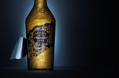 Baileys Chocolat Luxe is today unveiled for global travellers. (PRNewsFoto/Diageo GTME)