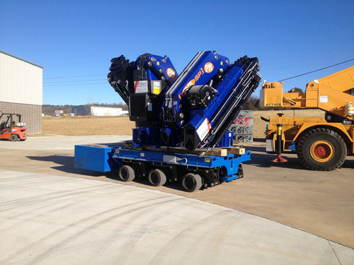 Small Knuckle Boom Crane : Psc unveils compact and powerful spmt trailer