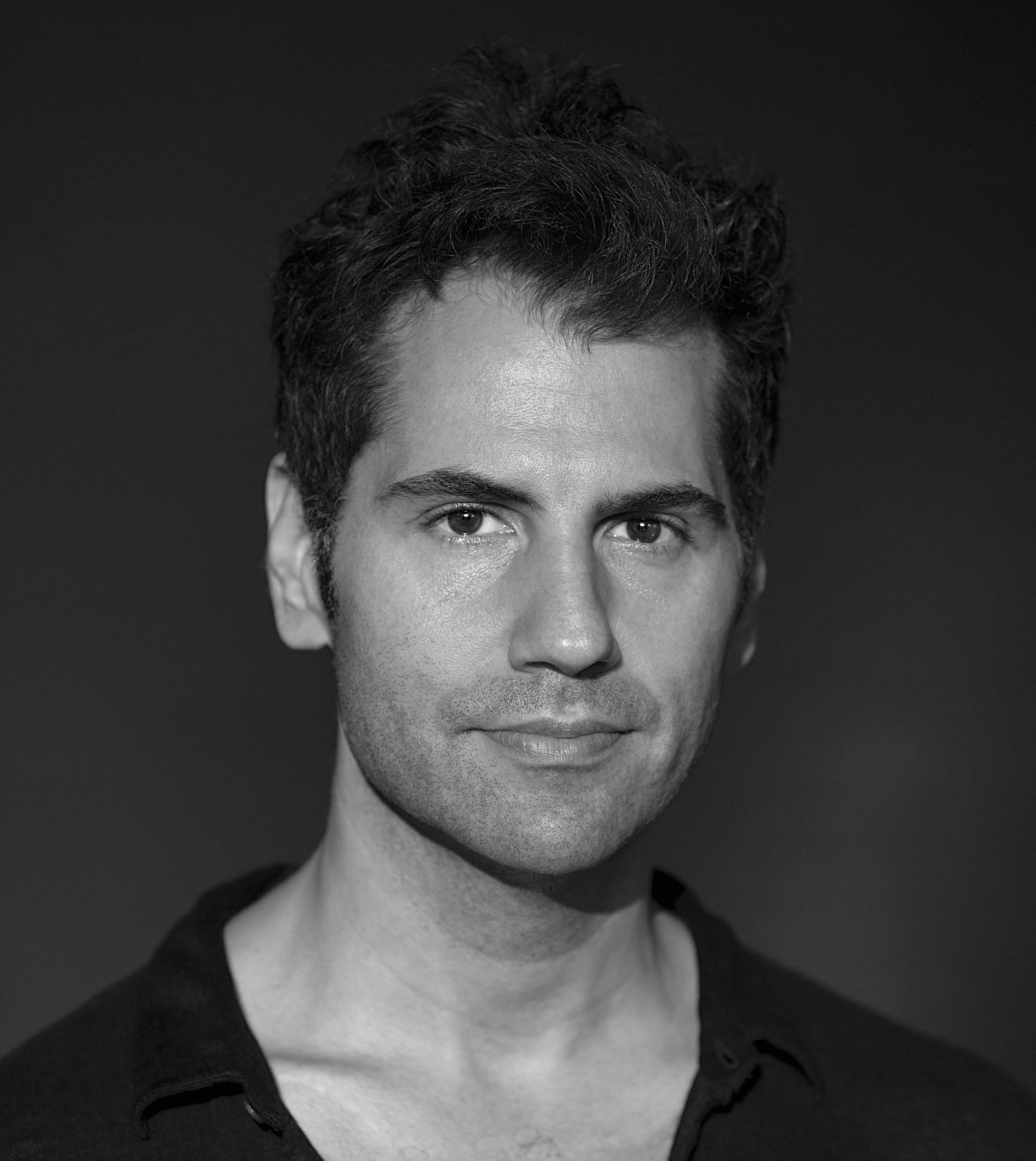 Sam Tabar supports Kickstarter company