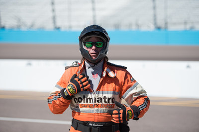 A member of the Holmatro Safety Crew wears DRIFIRE(R) Prime(TM) baselayer at the Verizon IndyCar(R) Series Test in the West Race. Photo by Allen Farst.