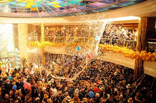 Small Family/Friend Groups Reap Big Rewards for Crystal Cruises' Hawaiian Holiday