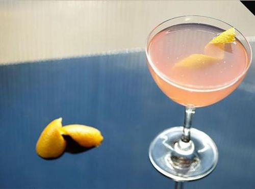 Raise a glass to the rumoured return of Sex and the City with a stylish adaptation of the infamous Cosmopolitan from thebar.com (PRNewsFoto/Diageo)