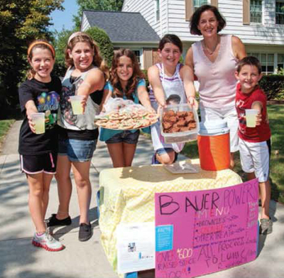 The Bauer Family lemonade stand (PRNewsFoto/LUNGevity Foundation)