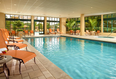 Poolside relaxation at Atlanta Marriott Alpharetta. (PRNewsFoto/Atlanta Marriott Alpharetta)