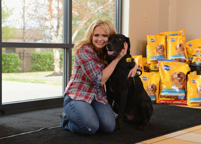 Today, Miranda Lambert kicked-off the national search for the next communities to benefit from The PEDIGREE(r) Feeding Project, an initiative designed to help shelters nationwide. Fans can join PEDIGREE(r) Brand and Lambert in their efforts to help more homeless dogs by visiting Facebook.com/Pedigree to nominate a community.  (PRNewsFoto/PEDIGREE Brand, Rick Diamond/Getty Images)