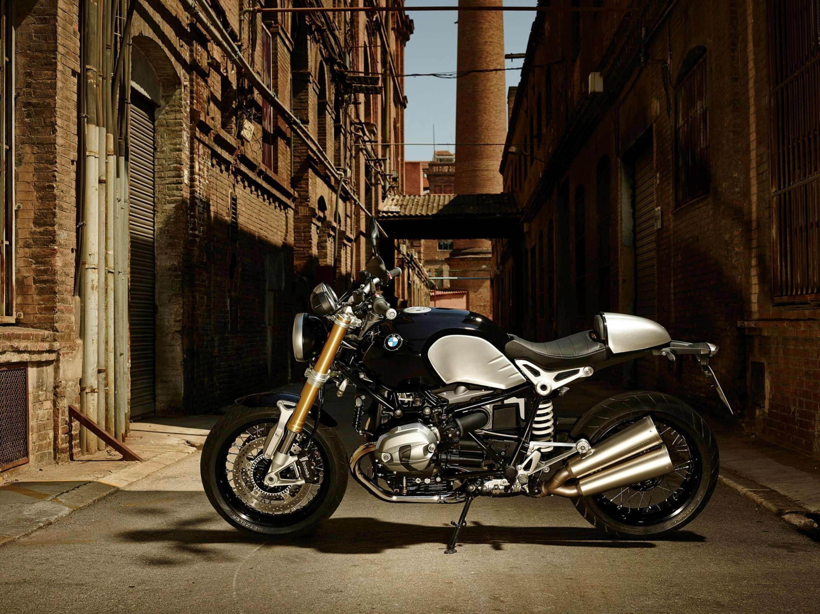 BMW R nineT. BMW Motorrad sold more vehicles in 2014 than in the year before, achieving a record sales figure for the fourth time in a row. (PRNewsFoto/BMW Group)