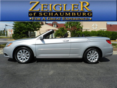 Schaumburg Used Cars provides car shoppers with used convertibles in Illinois like the 2011 Chrysler 200 Convertible in Illinois.  (PRNewsFoto/Schaumburg Used Cars)